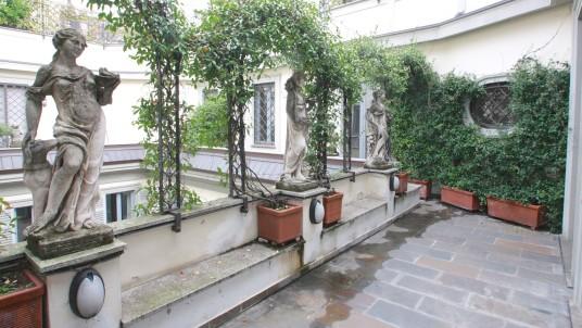 Emejing Casa Con Terrazzo Milano Contemporary - Idee Arredamento ...