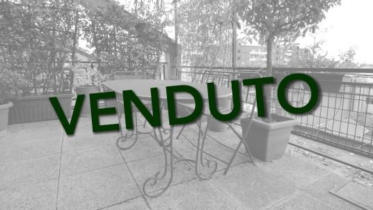 Vendita bilocale con terrazzo via Savona, Milano