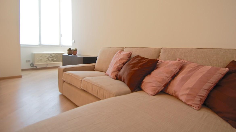 Affitto attico bilocale via Pirandello, via Elba, via Washington, corso Vercelli, MM Pagano, ultimo piano, luminoso, ristrutturato, arredato, Milano 14