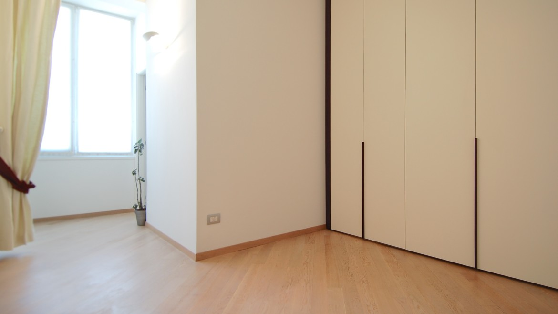 Affitto attico bilocale via Pirandello, via Elba, via Washington, corso Vercelli, MM Pagano, ultimo piano, luminoso, ristrutturato, arredato, Milano 3