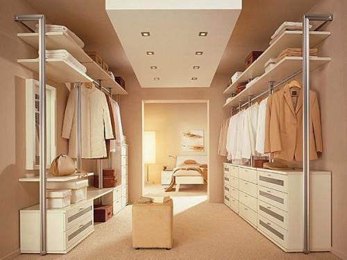 La cabina armadio, il sogno di ogni donna .