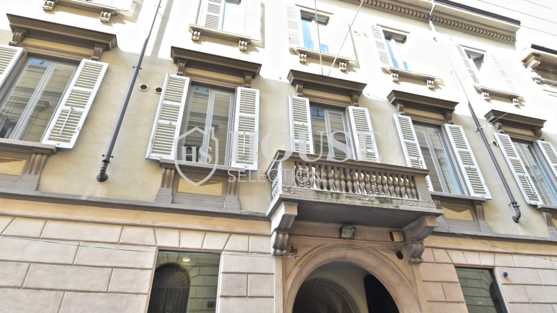 Affitto negozio show-room quadrilatero Montenapoleone Della Spiga centro storico Milano 1