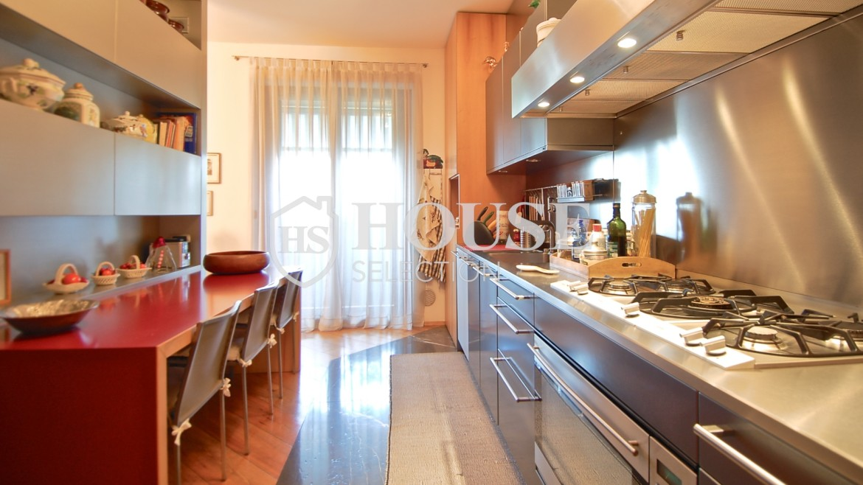 Vendita attico con piscina San Siro, via Ippodromo, terrazzi, signorile, lusso, Milano 16