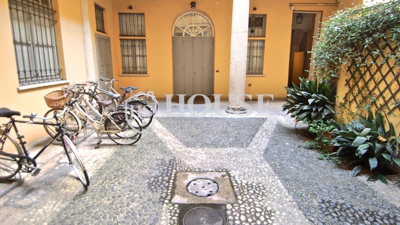 Vendita trilocale via Borromeo, Meravigli, Magenta, centro storico, piano alto, epoca, ascensore, Milano 13
