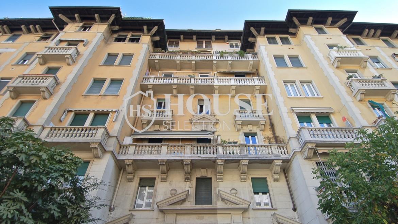 Vendita quadrilocale con giardino via Washington, piazza Bolivar, stabile epoca, da ristrutturare, cantina, Milano 1