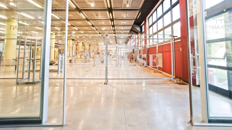 Vendita stabile uso ufficio show room via Cevedale, Bovisa e Politecnico di Milano, posti auto, terrazzo, luminoso e ristrutturato, Milano 1