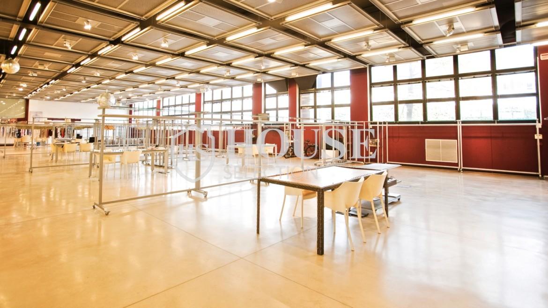 Vendita stabile uso ufficio show room via Cevedale, Bovisa e Politecnico di Milano, posti auto, terrazzo, luminoso e ristrutturato, Milano 13