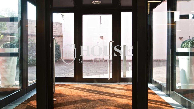 Vendita stabile uso ufficio show room via Cevedale, Bovisa e Politecnico di Milano, posti auto, terrazzo, luminoso e ristrutturato, Milano 6