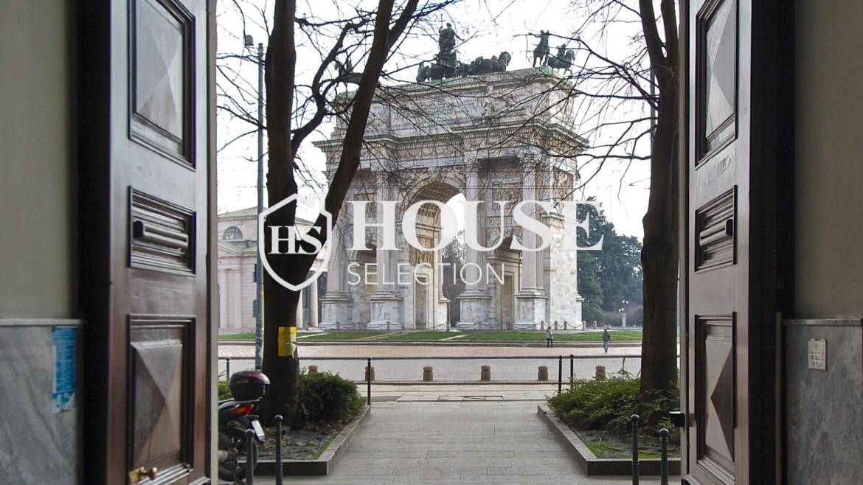 Vendita quadrilocale Arco della Pace, piazza Sempione, piano alto, stabile signorile epoca, da ristrutturare, Centro Milano 2