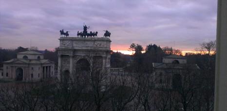 Vista alba Arco della Pace