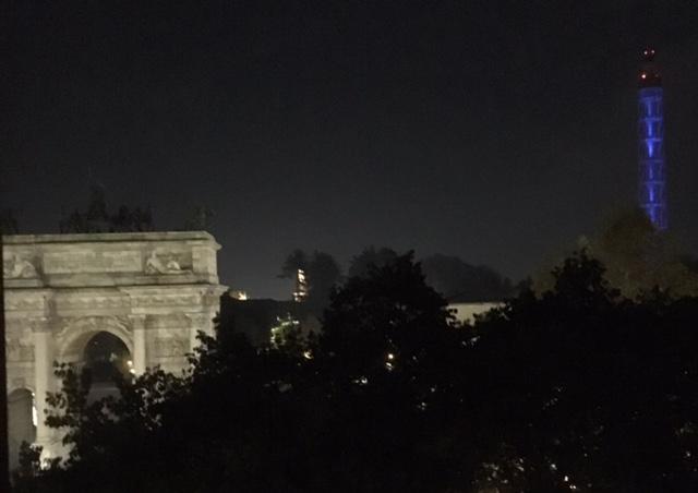 Vista notturna Arco, Castello, Duomo e Torre Branca