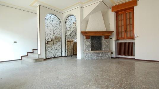 Vendita villa ad ze Vigevano