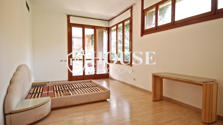 Vendita villa con giardino San Siro, bifamiliare, terrazzo, box auto, Milano 16