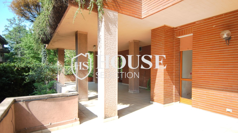 Vendita villa con giardino San Siro, bifamiliare, terrazzo, box auto, Milano 3