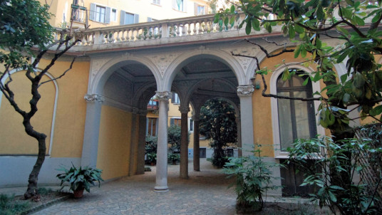 Affitto ufficio in via San Michele del Carso, Milano