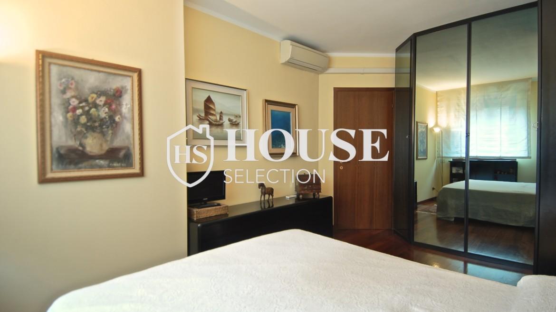 Vendita attico con terrazzo via Palmieri, ristrutturato, stabile signorile, ascensore, box auto, Milano 13