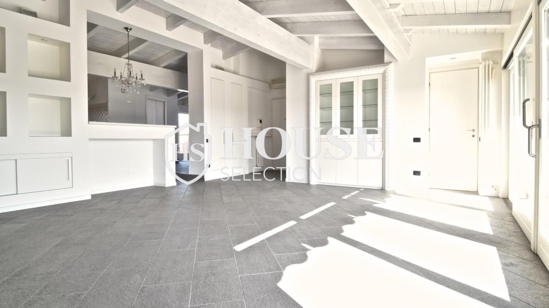 Vendita attico con terrazzo San Siro, recente costruzione, ristrutturato, ultimo piano, ascensore, Milano 10