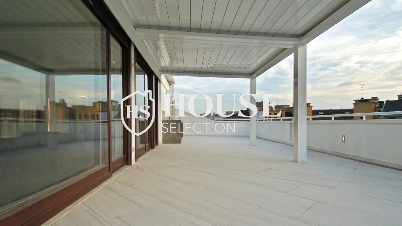 Affitto attico con terrazzo San Babila, Duomo, centro storico, nuova realizzazione, lusso, luminoso, arredato, Milano 2
