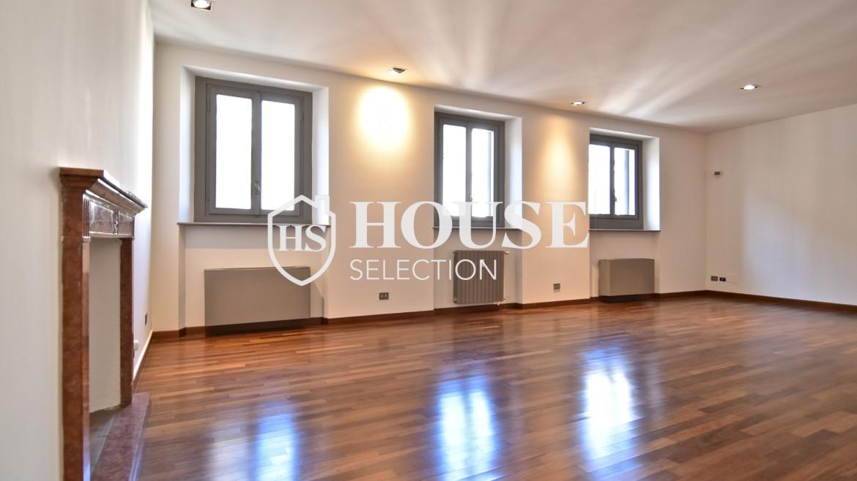 Vendita attico San Babila, centro storico Milano, ultimo piano, palazzo Visconti, lusso in stabile epoca, storico 5