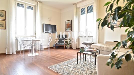 In affitto bilocale in zona Moscova, Milano.