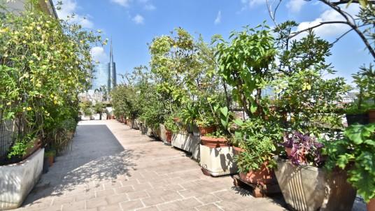Vendita attico con terrazzo corso Garibaldi, Milano.