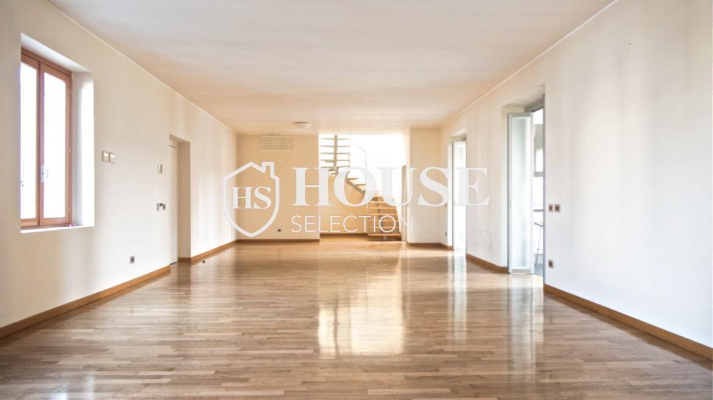 Affitto attico con terrazzo via Dante | House Selection 9