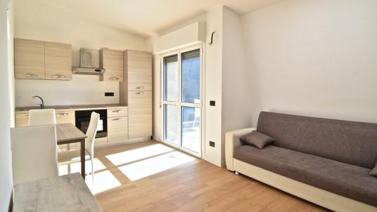 Vendita attico con terrazzo, Bovisa