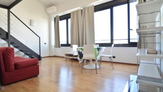 Vendita loft in piazzale Corvetto, Milano.