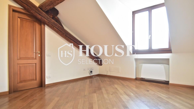 Affitto appartamento attico mansarda piazza Castello, foro Bonaparte, luminoso, ristrutturato, aria condizionata, centro storico Milano 18