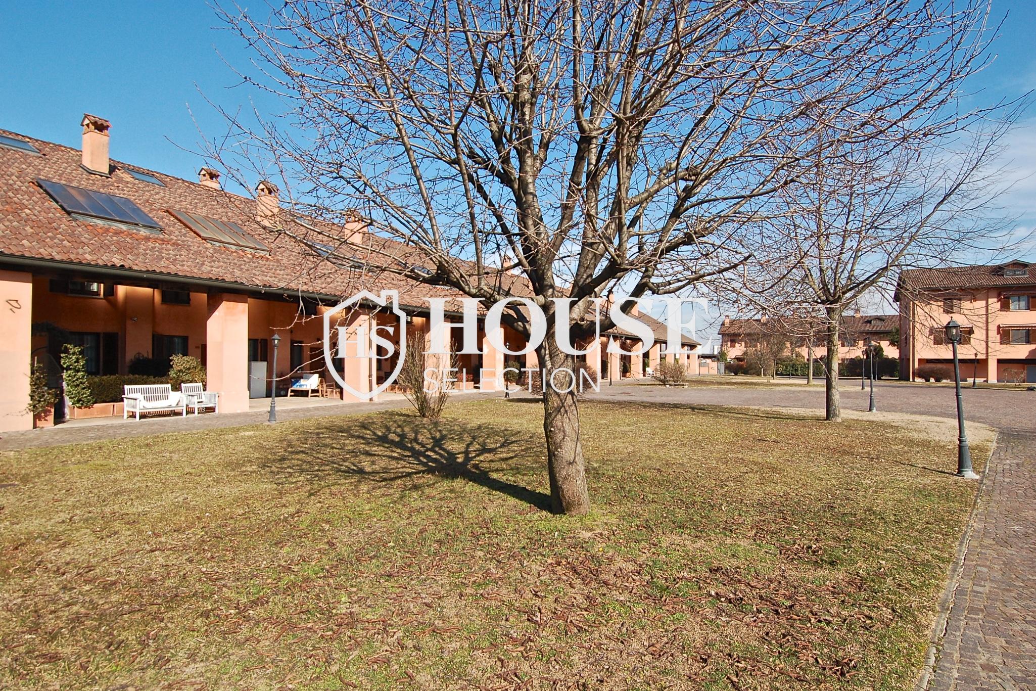Affitto villa Basiglio, con giardino, ristrutturata, aria condizionata, corte interna, box auto, Milano 1