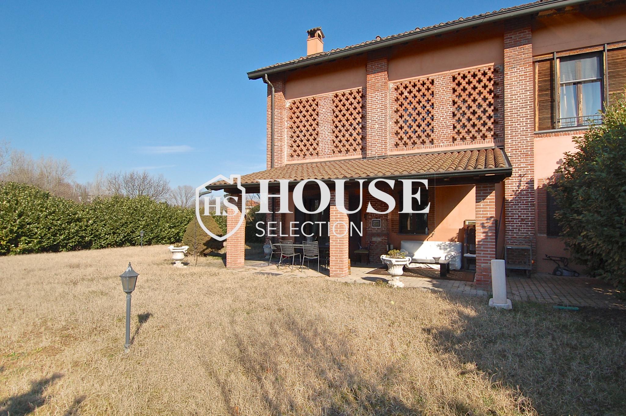 Affitto villa Basiglio, con giardino, ristrutturata, aria condizionata, corte interna, box auto, Milano 14