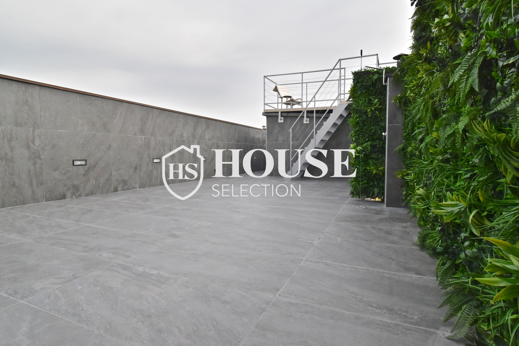 Vendita attico con terrazzo piazza Caiazzo, mm, ultimo piano, nuova realizzazione, palazzo epoca, ascensore, Milano 2