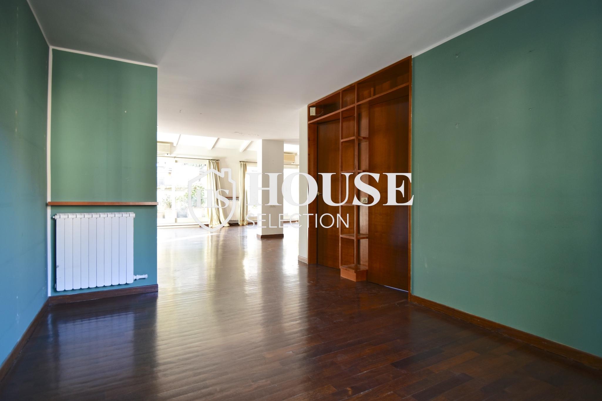 Affitto attico trilocale con terrazzino, via Archimede, tranquillo e luminoso, Milano 10