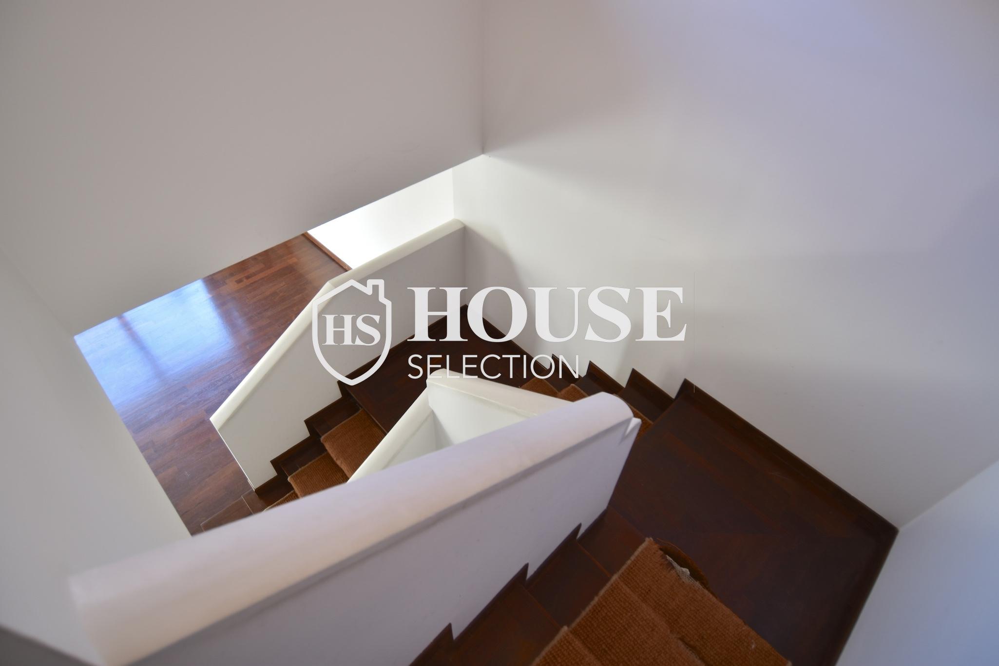 Affitto attico trilocale con terrazzino, via Archimede, tranquillo e luminoso, Milano 12