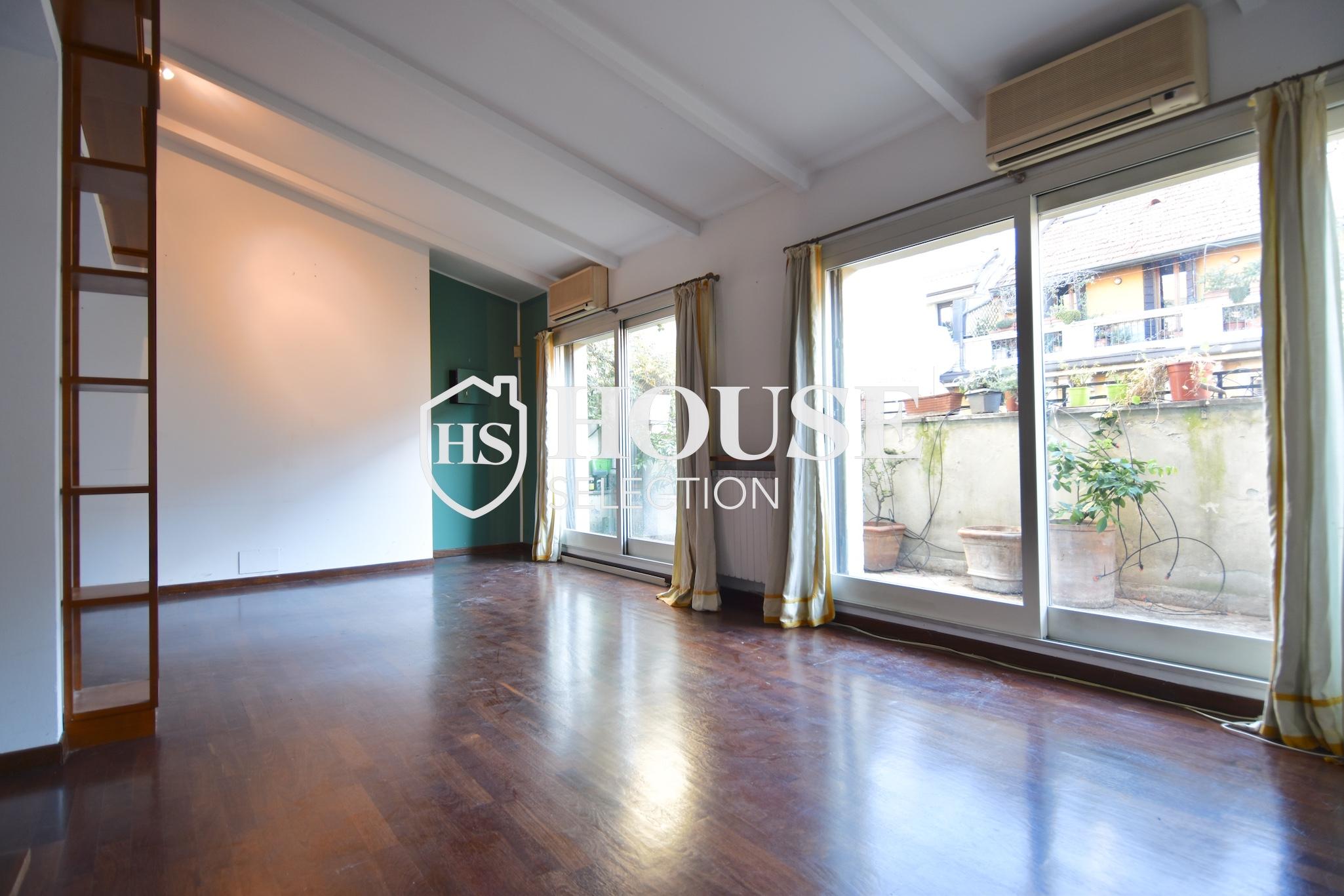 Affitto attico trilocale con terrazzino, via Archimede, tranquillo e luminoso, Milano 2