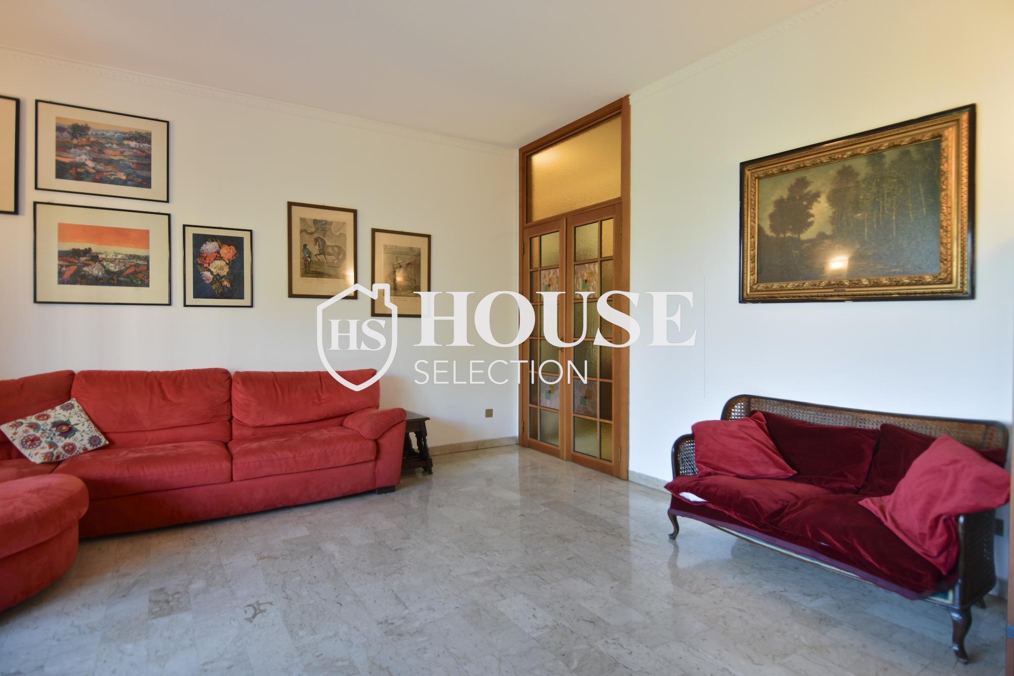 Vendita quadrilocale con balconi, piazza Bolivar, piano alto, luminoso, fermata metropolitana, Milano 13