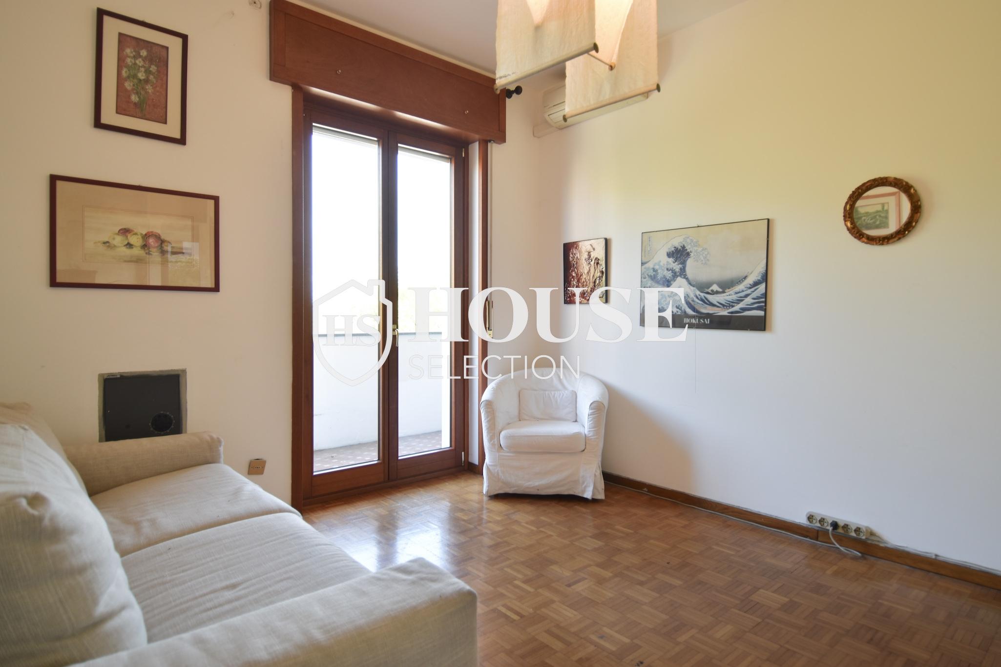 Vendita quadrilocale con balconi, piazza Bolivar, piano alto, luminoso, fermata metropolitana, Milano 4