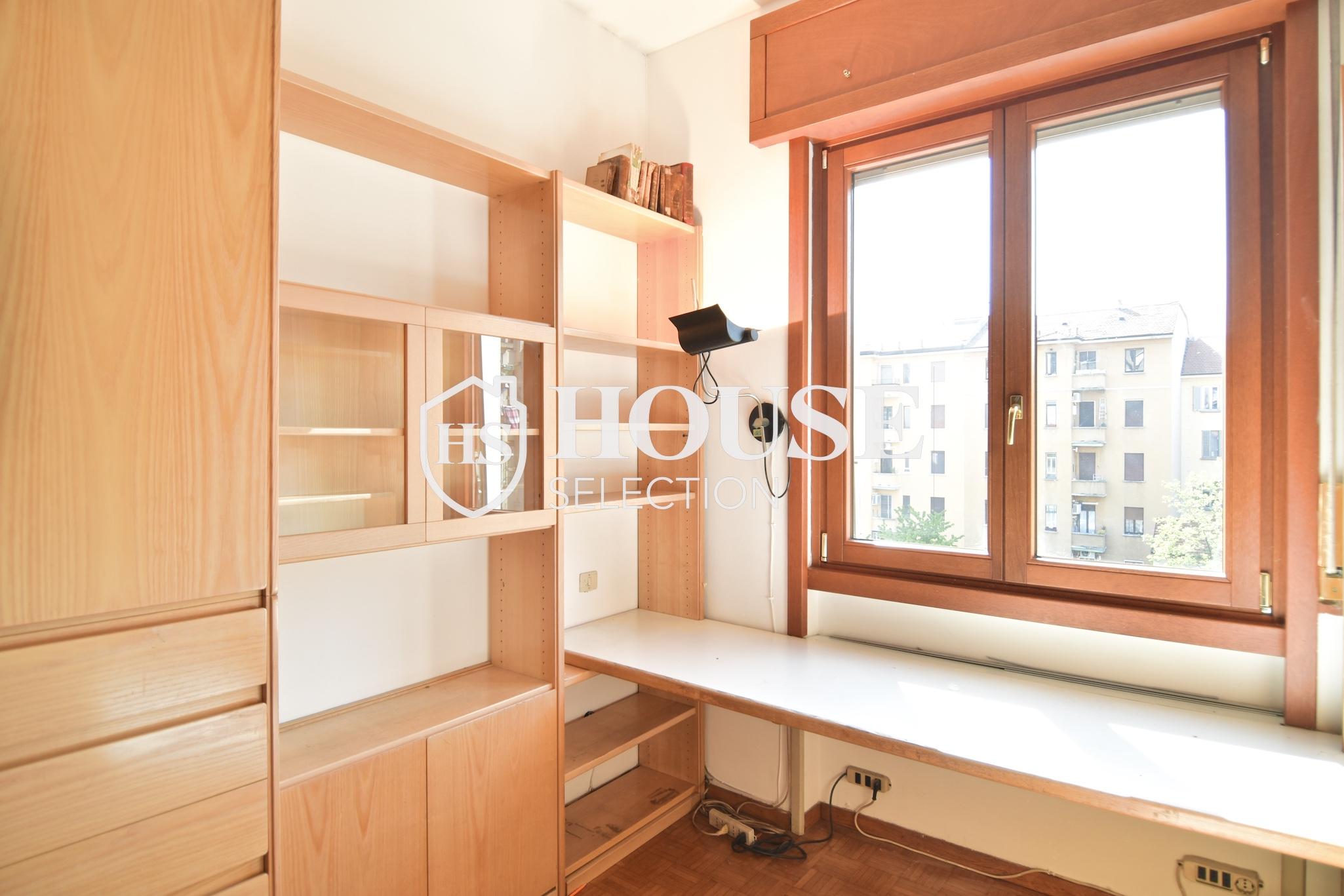 Vendita quadrilocale con balconi, piazza Bolivar, piano alto, luminoso, fermata metropolitana, Milano 6