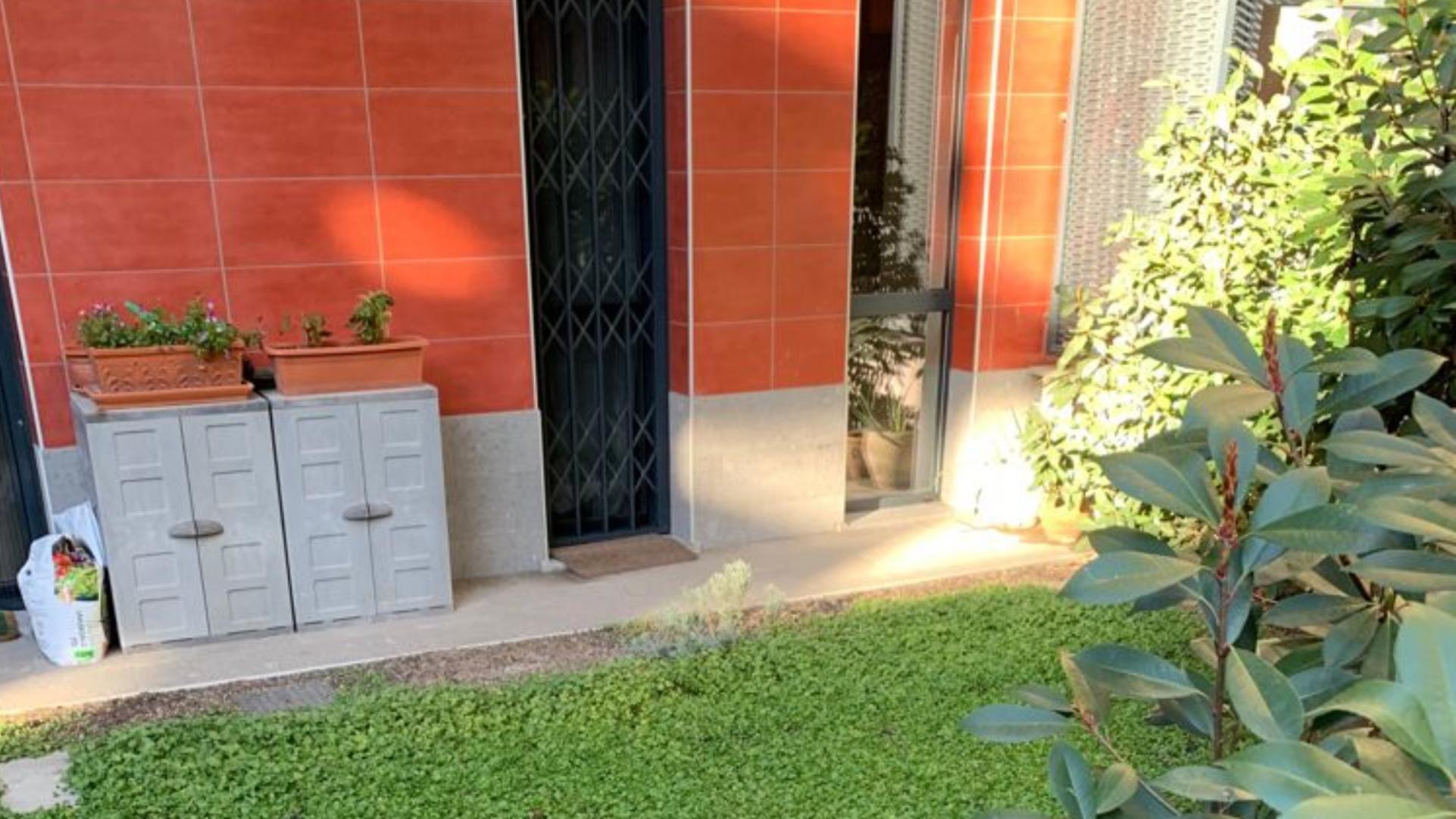 Vendita piccolo trilocale climatizzato con giardino e possibilità box, Bovisa